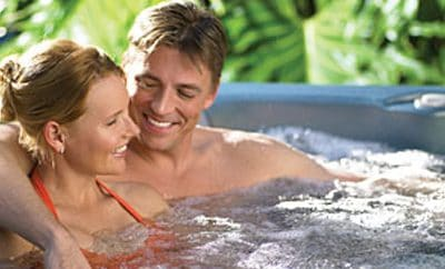 """""""Hot Tub Therapy"""" May Benefit Those With Diabetes"""
